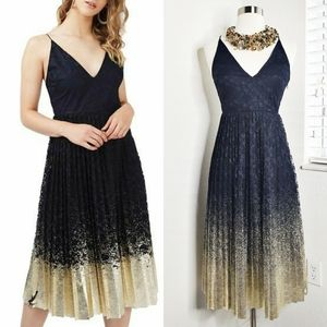 •TOPSHOP• Pleated Metallic Hem Lace Midi Dress 4.